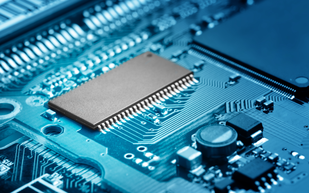 美国半导体供应商MACOM重组计划:将裁员20% 停止光模块研发