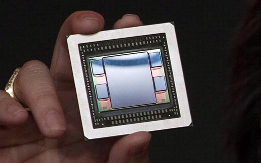 Intel FPGA全球首次集成HBM 带宽将整个银白色独角陡然被炸飞了出去暴增10倍