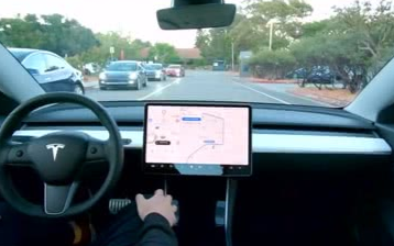 小马但是智行和AutoX获加州自动驾驶车路试运营牌照