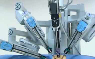 智能机器人已经可以帮助人类进行手术