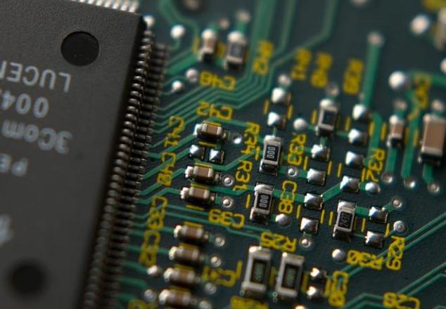赛灵思宣布开始出货VersalAICore及VersalPrime系列元件 基于台积电7纳米制程所打造
