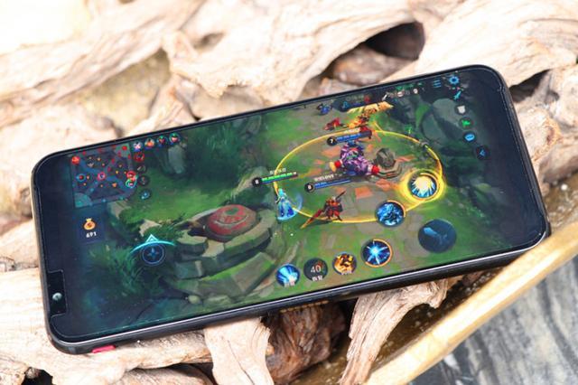 紅魔3手機評測 各種功能設計都為玩家著想