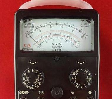 指针式万用表的测量原理及使用注意事项