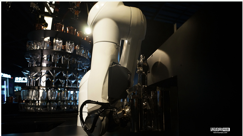 AI調酒師的酒你覺得味道好嗎