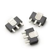 MGA-30889 40MHz  -  2600MHz平坦增益高线性度增益模块