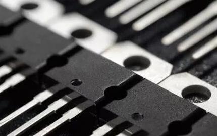 如何实现分立功率器件封装的创新?