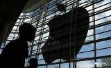 苹果5G手机缺席11月发布会!下半年危机�四伏