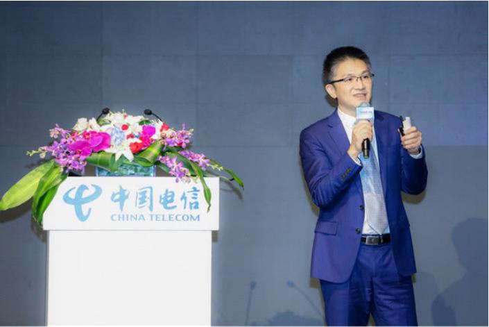 中國電信解讀《人工智能發展白皮書》:分三階段打造...