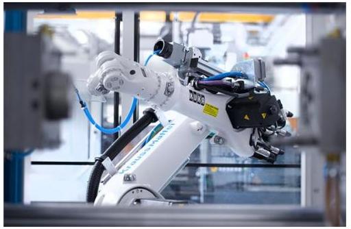工業機器人應該怎樣避免低端化的出現