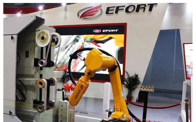 工业机器人企业有盈利压力和技术风险
