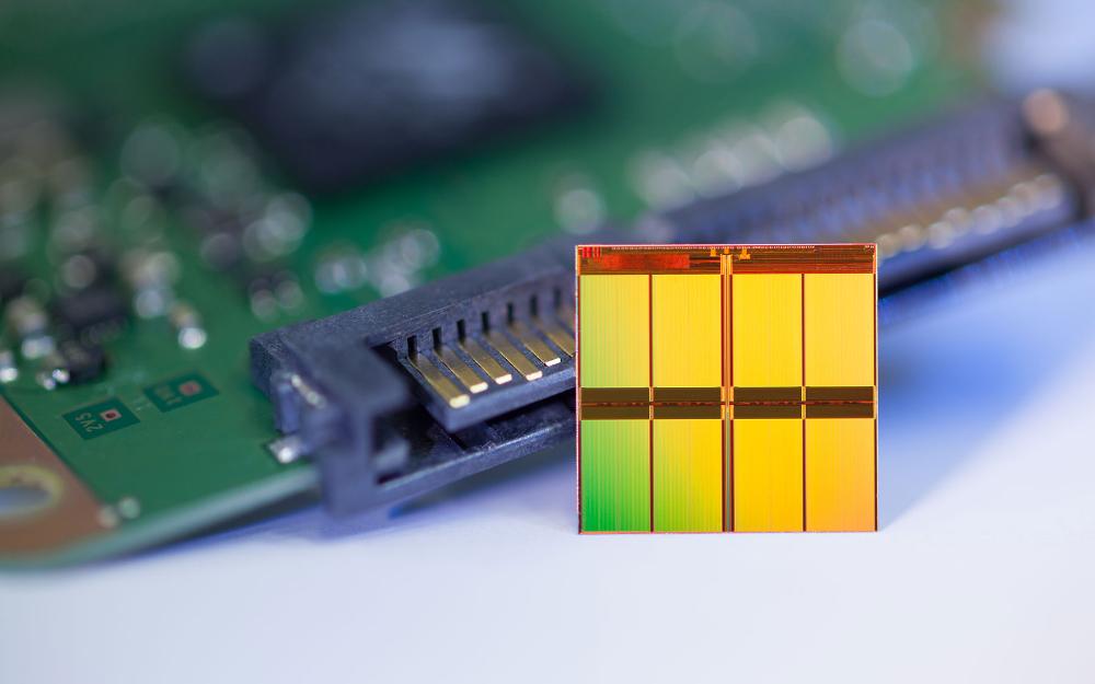 原厂3D NAND揭秘:从32层至128层及更高,给产业带来怎样的变化?