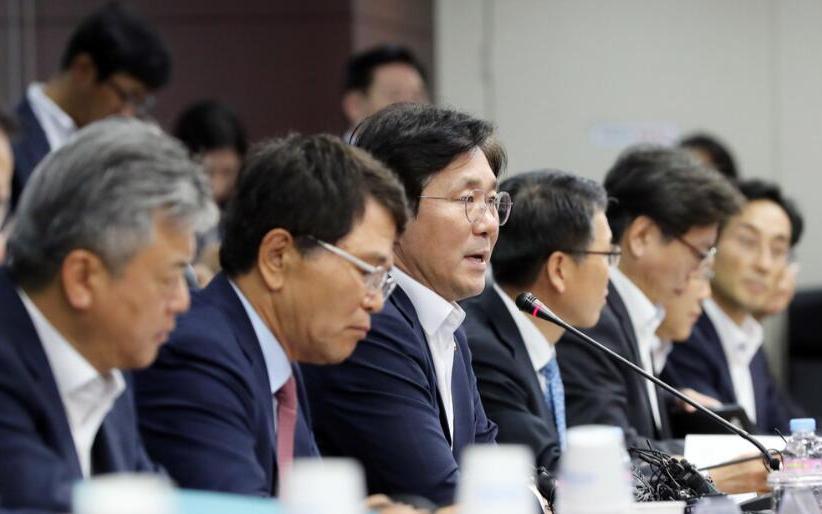 韩国重金投入半导体材料和设备研发 应对日本对韩国...