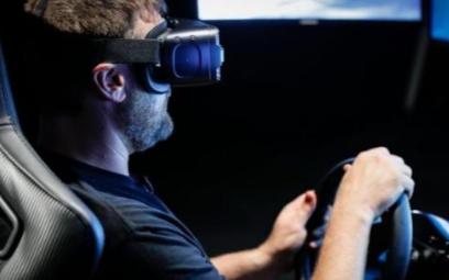 三星在英国赛车节用Gear VR技术远程驾车