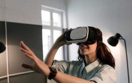 VR技术将借力5G释放更多的商用场景