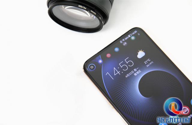 海信手机U30评测 一款颜值与战斗力兼备的实力派...