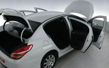 优信利用VR技术带给二手车不一样的选车体验