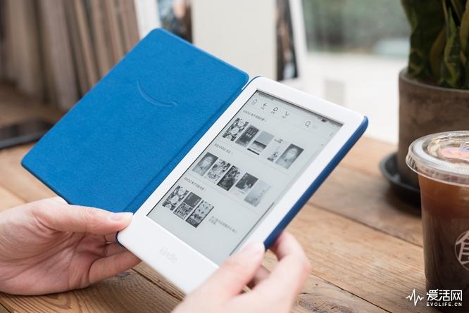 Kindle青春版评测 外观没差手感更舒适