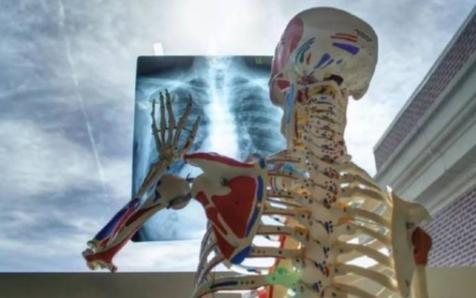 人工智能结合医疗器材的发展趋势