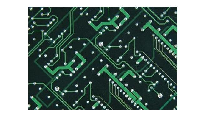 PCB應該如何進行屏蔽體孔隙的處理