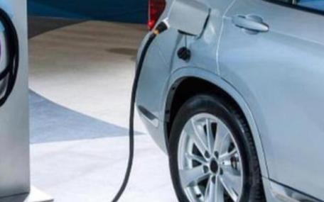 对于电动汽车是否需要超高续航里程
