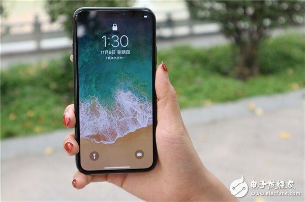 最快2020下半年苹果将发布一款没有刘海的iPhone 正式放弃FaceID全面向屏下前置镜头和屏幕指纹过渡