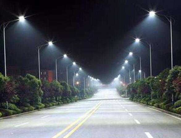 美国希尔斯伯勒市完成近1000万美元的城市路灯改造项目