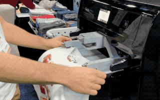 会洗衣服又会叠衣服的机器人是如何工作的