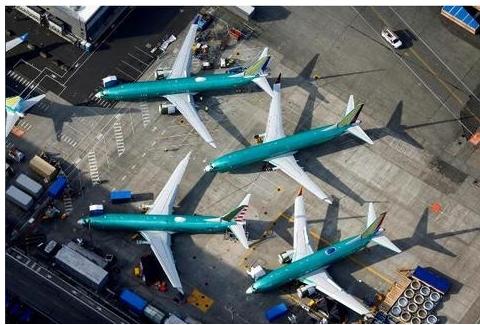 美国航空公司决定将波音737 MAX航班延期至11月初复飞