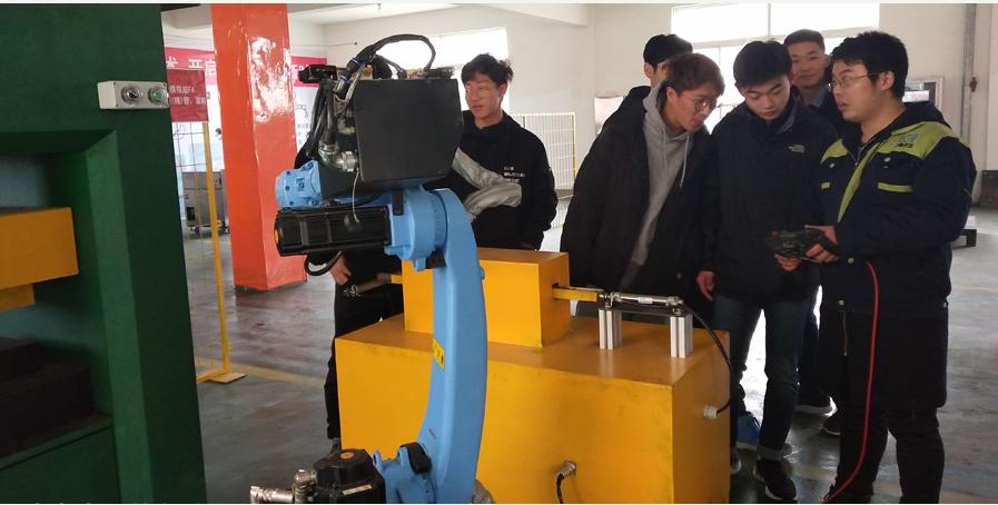 工业机器人在工业生产中有哪些优势呢