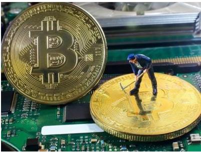 最大虚拟货币比特币持续暴跌