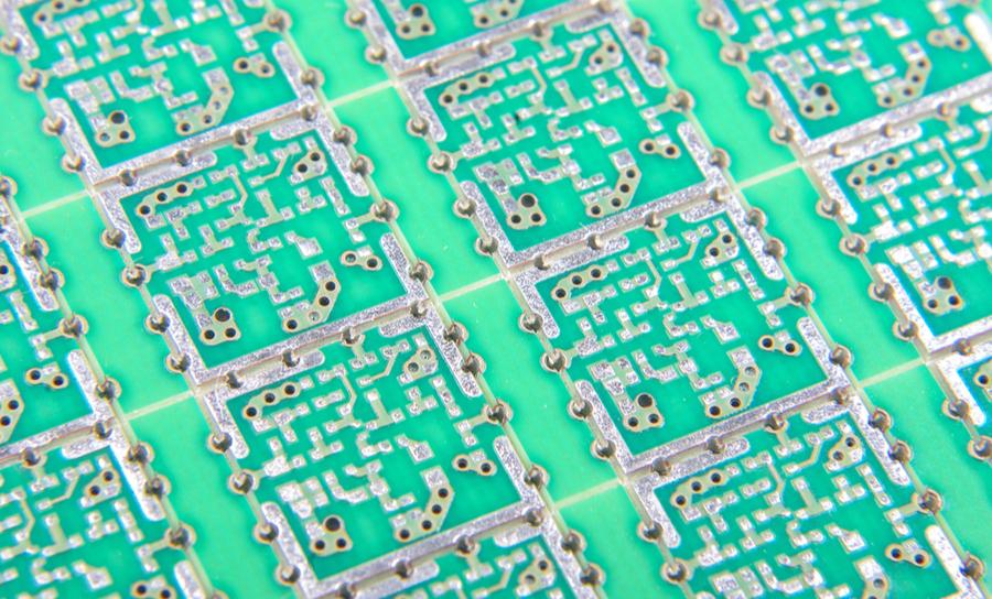 合理的PCB接地设计可以降低混合信号系统中的EMI