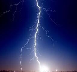大氣過電壓的含義_大氣過電壓分為哪幾種