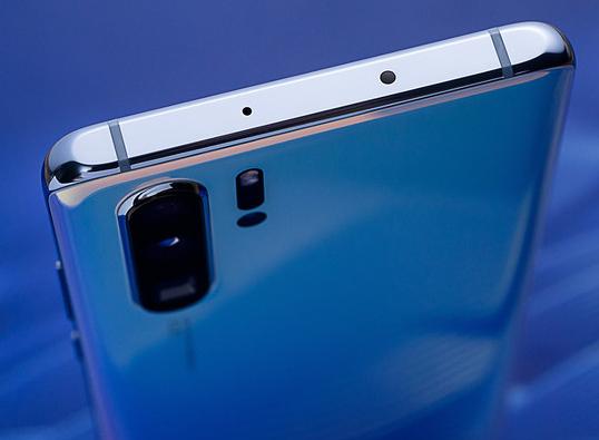 未来智能手机的摄像头将突破1亿像素和10倍光学变焦能力