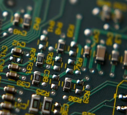 南大光电预计2019年底建成一条光刻胶生产线