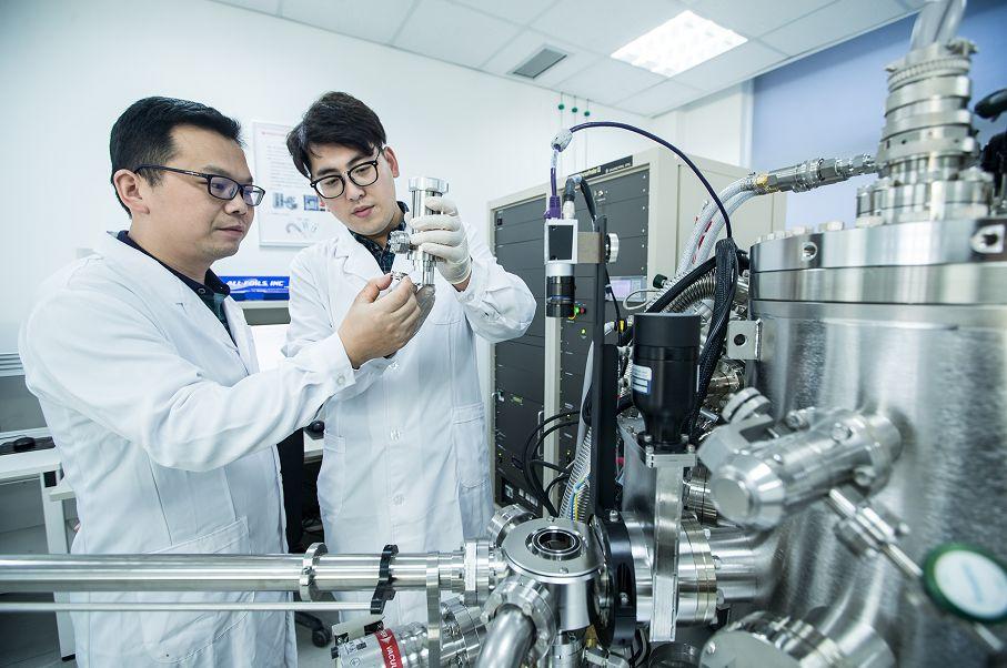 """杨红的""""野心"""",成为全国排名前三的高端动力电池供应商"""
