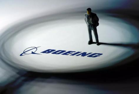 美国联合航空公司宣布第四次延长波音737MAX客机的停飞日期