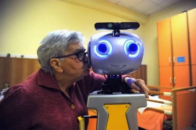 AI革命,智能机器人将进入我们生活中的那些领域?