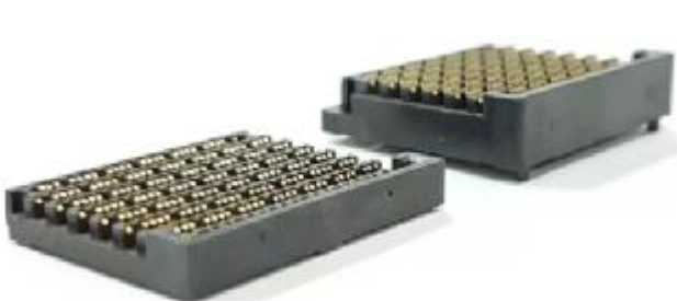 莫仕Mirror Mezz鏡像式夾層連接器 差分線對高達56 Gbps的數據速率