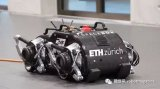 机器人SpaceBok正在欧洲宇航局ESTEC技术中心进行测试