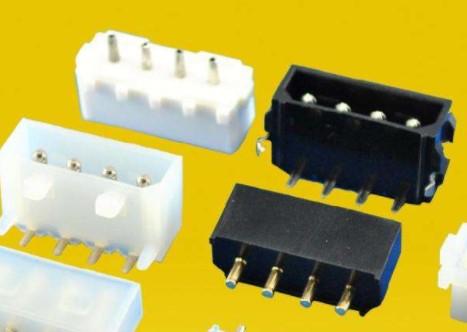 电源连接�器的性能特点及应用分析