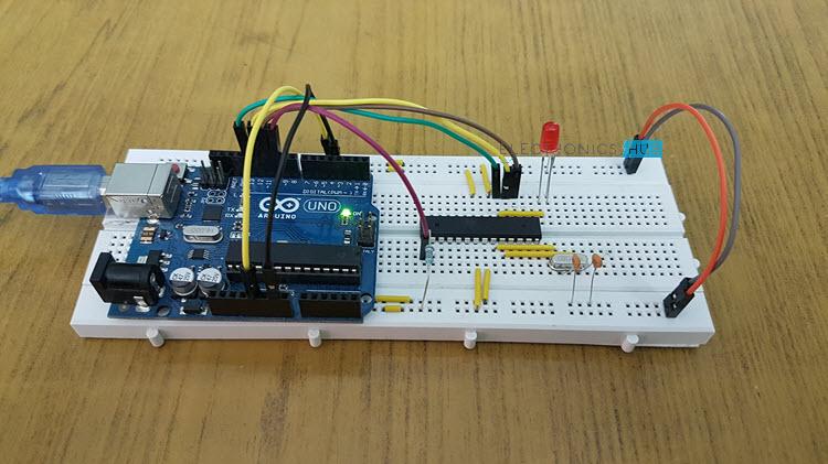 怎樣在ATmega328微控制器上刻錄引導加載程序
