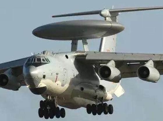 """""""天哨""""传感器无人机首发成功,标志着空中预警系统..."""