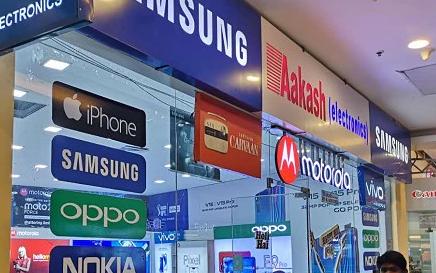 19上半年国内智能手机销1.9亿部 印度手机市场竞争激烈