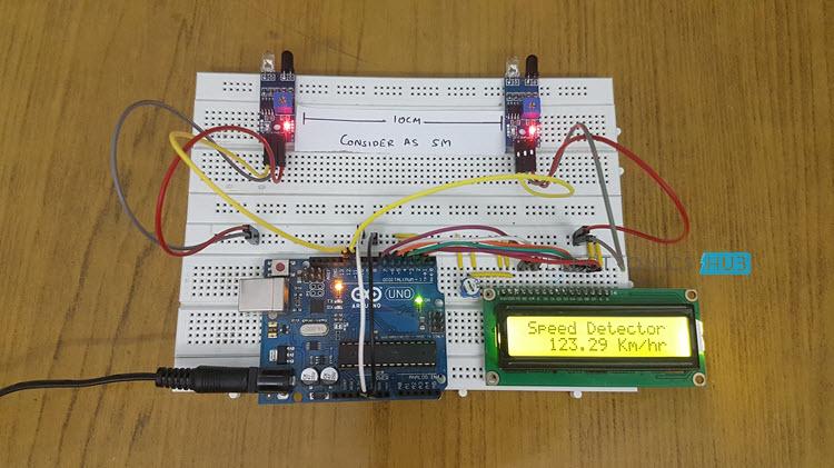 基于ArduinoUNO和IR传感器设计的简易车速检测器电路