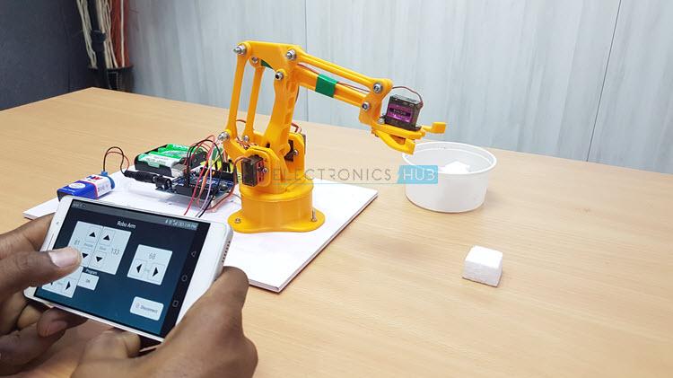 怎樣使用Android手機的藍牙控制機器人手臂