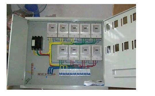 正常情况下零线到底有没有电?什么时候零线是有电的