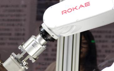 国产跟进口品牌的机器人有什么区别
