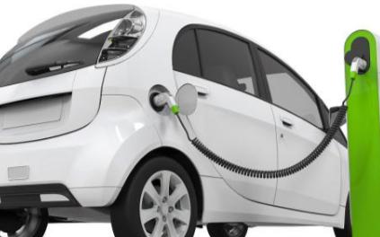 新能极限震惊源汽车在安全性能上对�连接器有什�K么要求