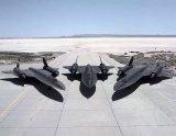 """美国SR-71""""黑鸟""""高空侦察机 能够在1小时侦察全球任何区域"""