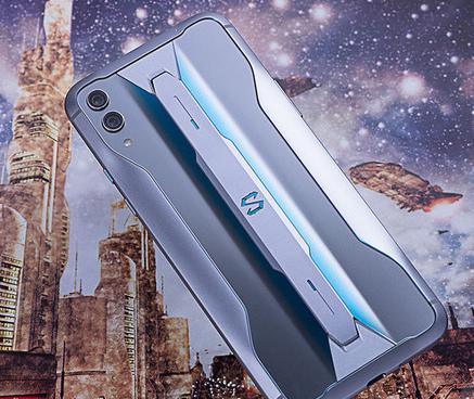 黑鲨游戏手机2 Pro与比华硕ROG游戏手机2的参数性能对比分析